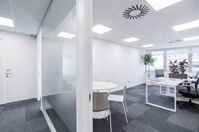 Alquiler de oficinas en Barcelona, Sarrià-Sant Gervasi. Business center / Centro de Negocios