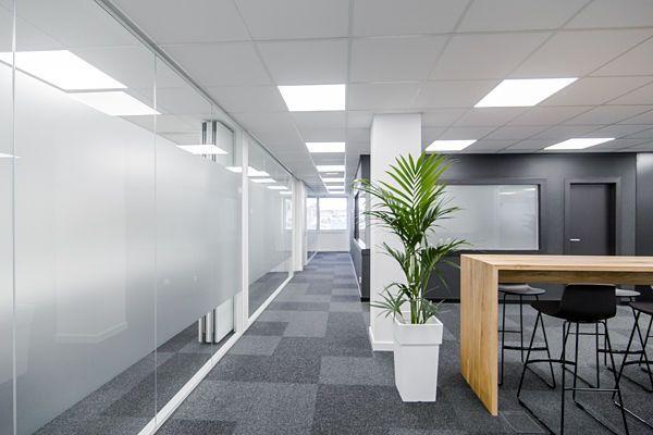 Zonas comunes 7 mitre workspace alquiler de oficinas en for Oficina virtual aguas de barcelona