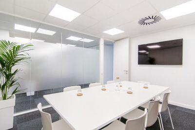 Alquiler de oficinas en Barcelona. Alquiler salas de reuniones en Barcelona