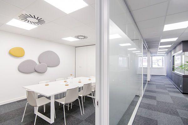 Salas de reuniones 5 oficinas y salas de reuniones en for Oficina virtual barcelona