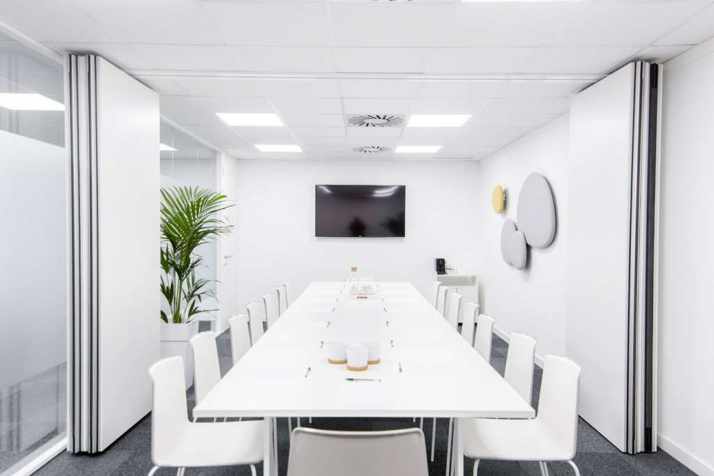 Beneficios de las oficinas modernas mitre workspace for Imagenes oficina