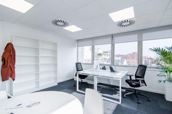 Foto despacho 5 centro de negocios barcelona mitre for Oficina virtual barcelona
