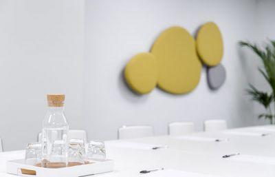 Alquiler de oficinas en Barcelona, Sarrià-Sant Gervasi. Alquiler de salas de reuniones, salas para conferencias, salas para formación